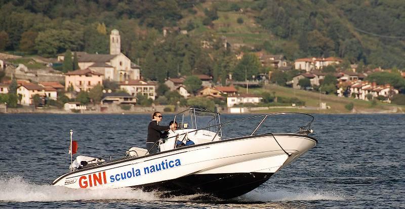 patenti nautiche motoscafo jetski lago di como lombardia milano